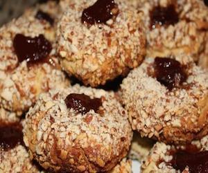 Польские печенья с орехами и белками, Сладкая выпечка