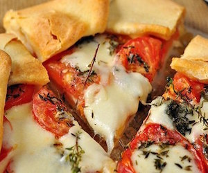 Галета с помидорами и сыром, Несладкая выпечка